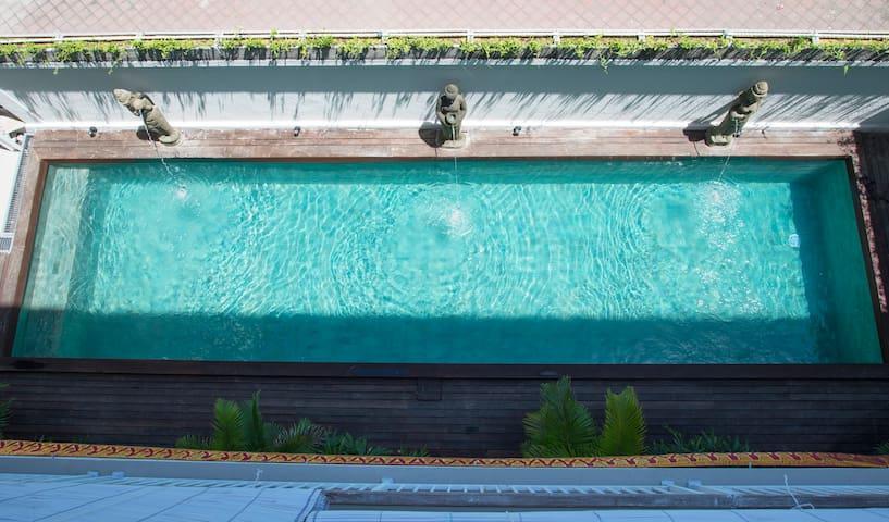 Swimmingpoll