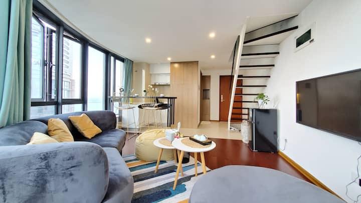 小可公寓room5近沙滩/近机场/BRT沿线/180度飘窗/方特/厦门站/点我头像可看到其他房源