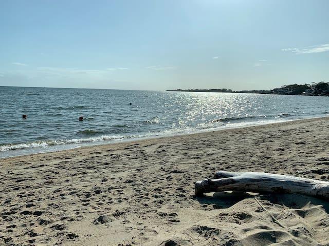 Idyllic Getaway w Private Beach - Quiet, Peaceful