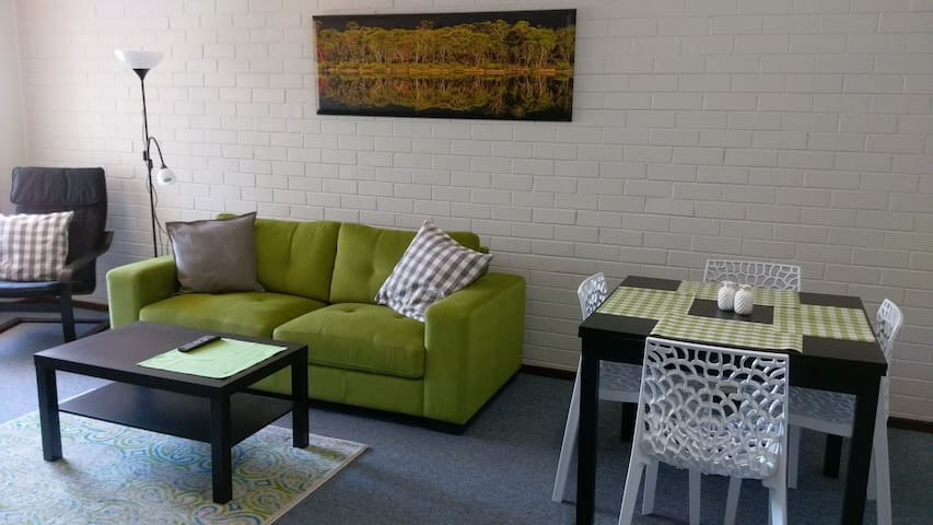 Norseman Apartments - Pet friendly, Netflix, NBN