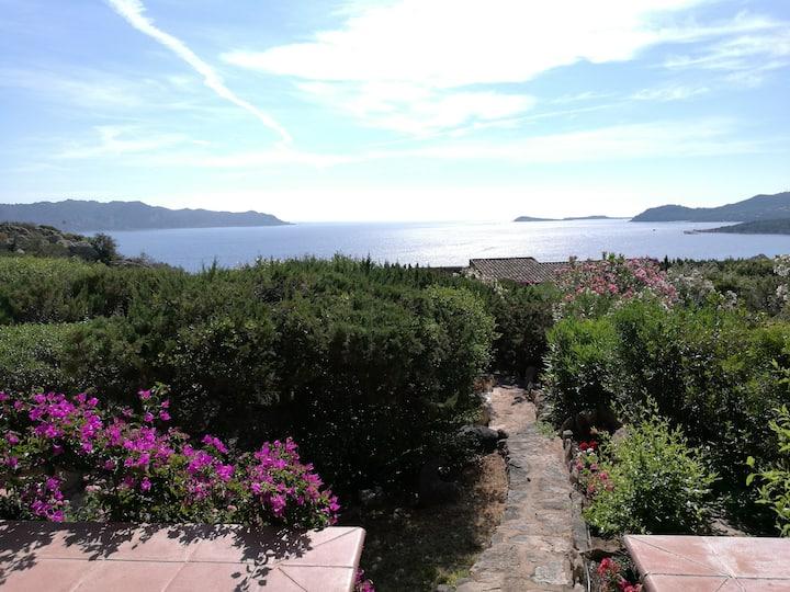 Residenza Molara con stupenda vista mare 180 gradi