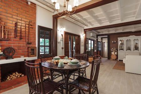Suin Ranch: An idyllic getaway - Tambon Mittaphap - Hus