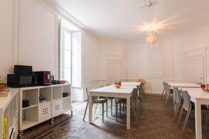Seurre, Chambre d'hôtes au chateau - Seurre - Slott