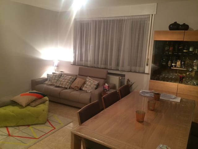 Nice flat near the city center - Evere - Wohnung