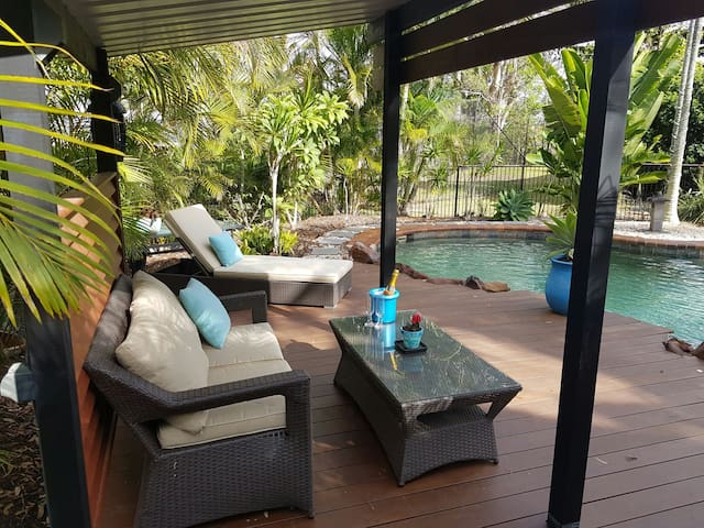 Reddie Bay Villa - relax in QLD style & comfort - Redland Bay - Willa