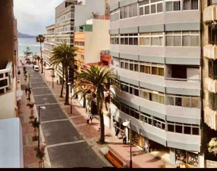 BEACH VIEW !! Apartment in Las Canteras ! AMAZING!