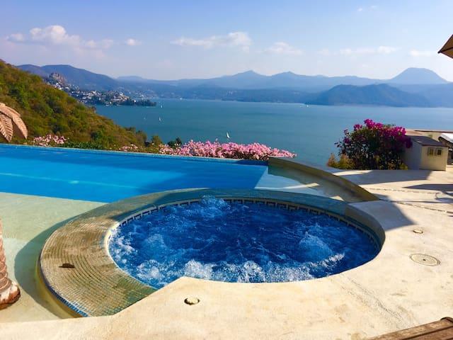 Villa La Vista, Valle de Bravo paradisíaco