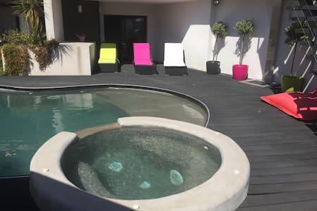 superbe villa contemporaine - Castelnau-le-Lez