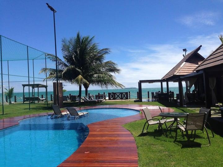 Pé na areia/ Beira-mar/ Luxo em meio ao paraíso