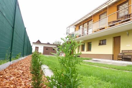 Apartmány u Starej mamy - Štôla - Gästehaus
