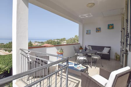 Holiday apartment with 2 bedrooms on 80m² in Sciacca (AG)