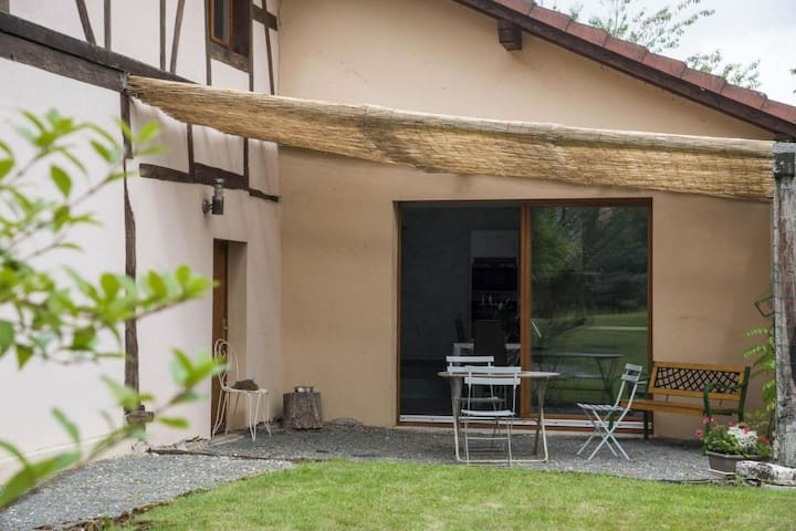Comfortable Holiday Home in Petit-Croix near Novillard