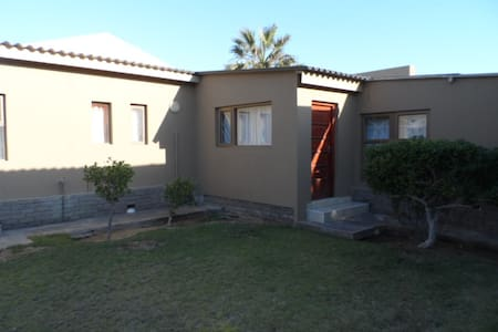 32 SAM NUJOMA FLAT - Walvis Bay - Appartement
