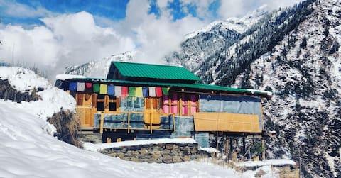 Project Escape Shilha - Manikaran  Parvati Valley