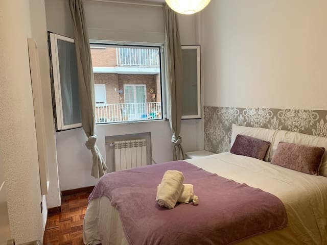 Wonder Bedroom in Madrid Rio