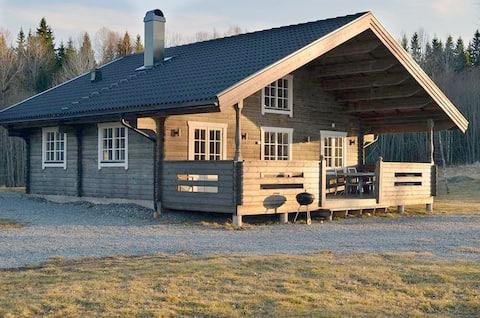 Cottage Stenbäcken by a lake – Töcksfors, Sweden