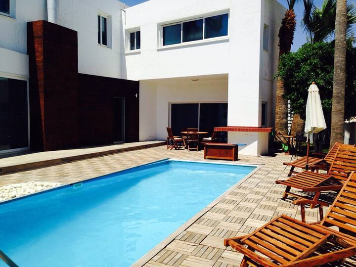 La Superba, luxury villa by the sea