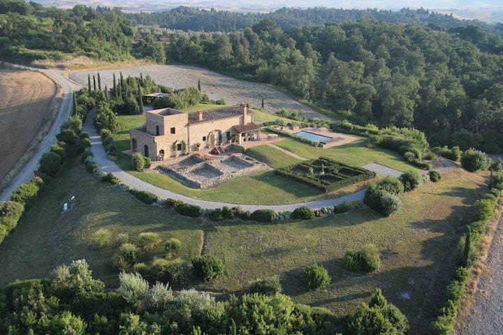 Exclusive Villa Volterra, San Gimignano, Pisa