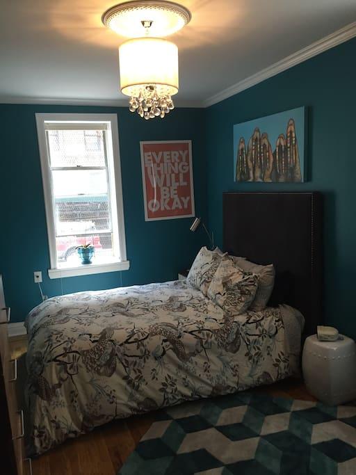 Bedroom: Queen bed
