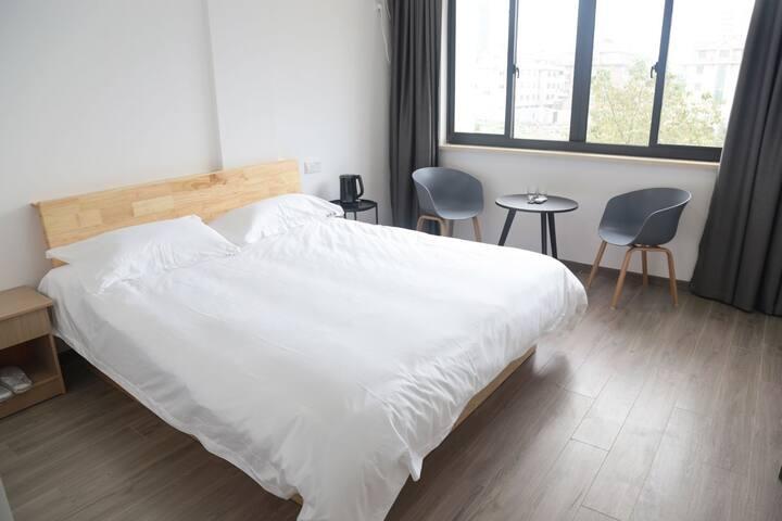 万达/台州学院附近 room4玖居