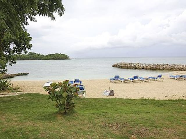 Beachfront two bedroom Negril Point - Negril - Apartament