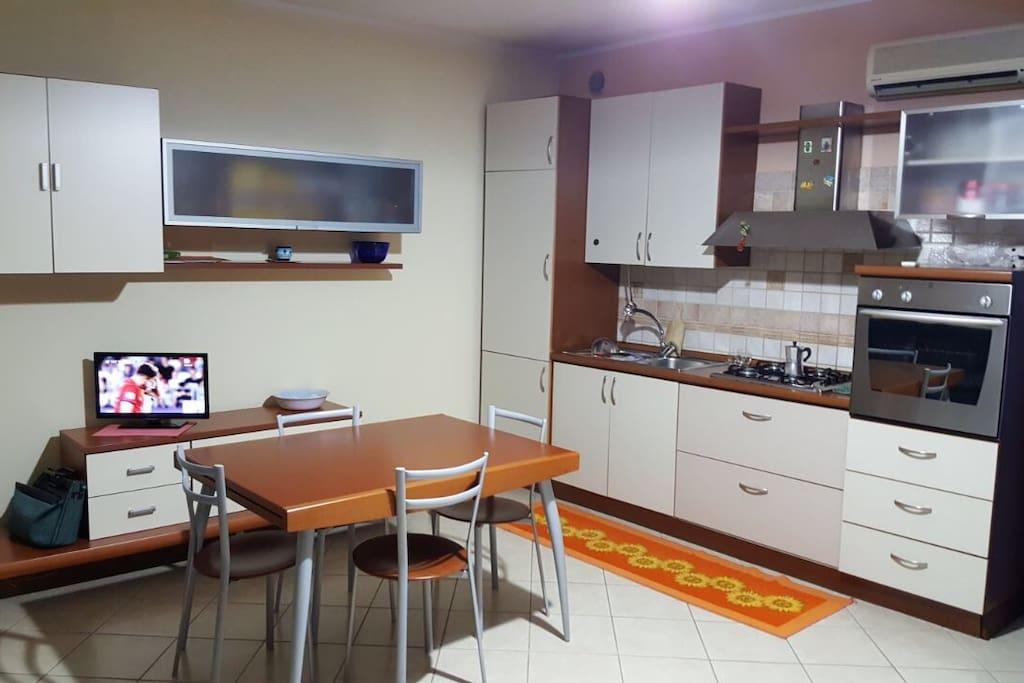 Appartamento bilocale mese di agosto apartments for rent for Appartamento sardegna agosto