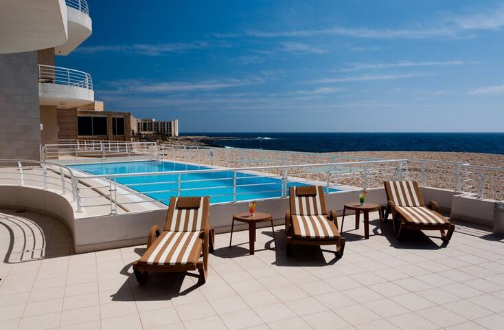 Stunning Apartment with sea views & private patio