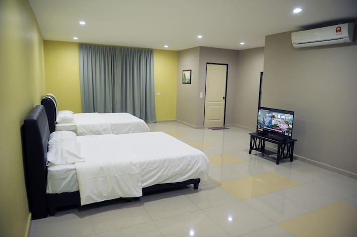 Ipoh Town Cozy Guest House 1A