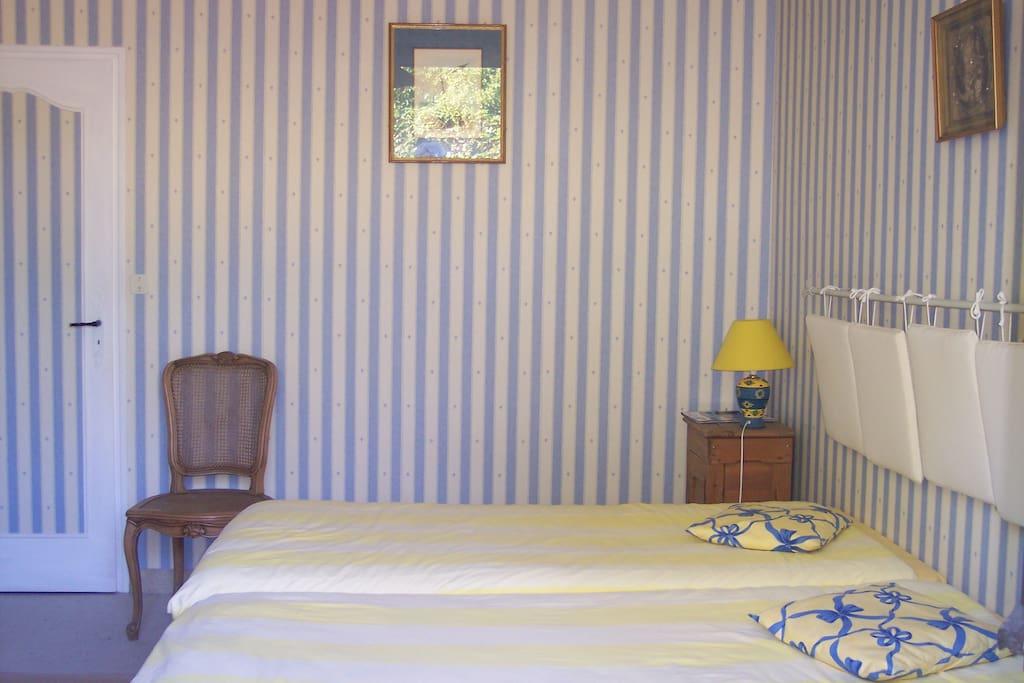 Chambre d 39 h tes au calme casas en alquiler en for Chambre calme en anglais