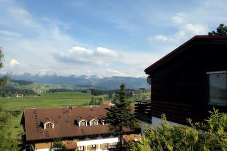 Ferienwohnung mit Alpen Aussicht - Oberreute