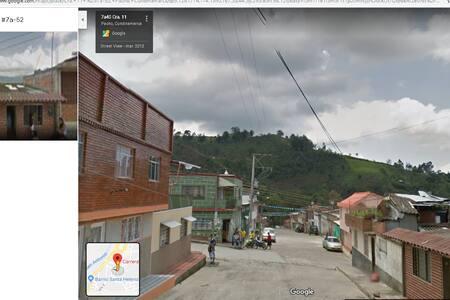 Pacho- Casa Urbana Grande, 2 parqueaderos privados