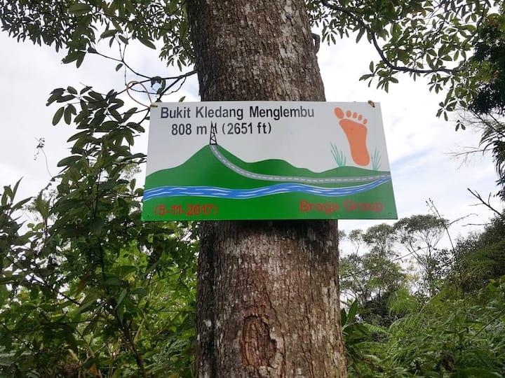 The signage of Bukit Kledang