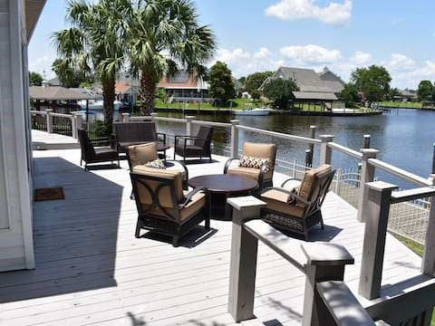 New Orleans Area Waterfront Home - SEA LA VIE