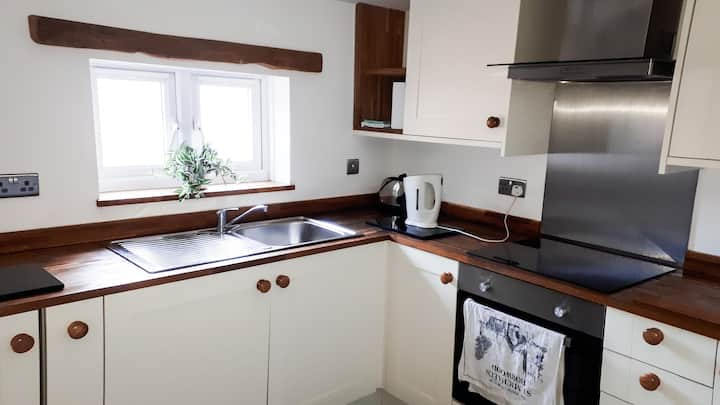 Modern, Self-contained 2-bed Flat, Southampton