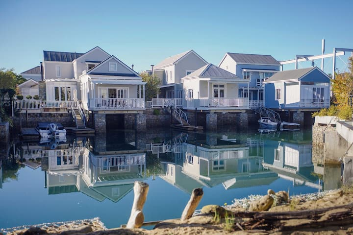 Lazy Island on Thesen - luxury self catering