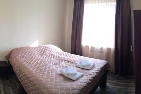 Семейный номер с завтраком в мини-отеле - Булатниково Снт (булатниково) - 宾馆