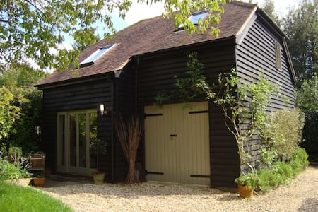 Charming Barn b&b in Winchester - Twyford