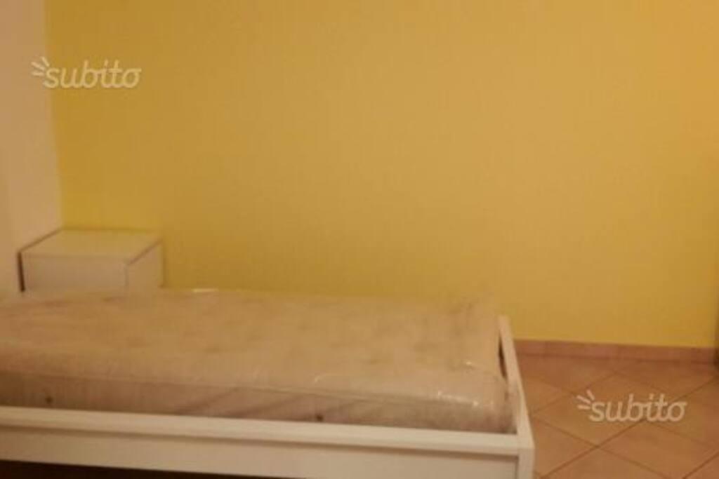 Stanza da letto singola