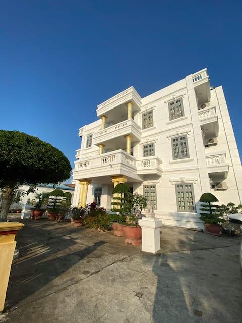 Villa Vườn Cau