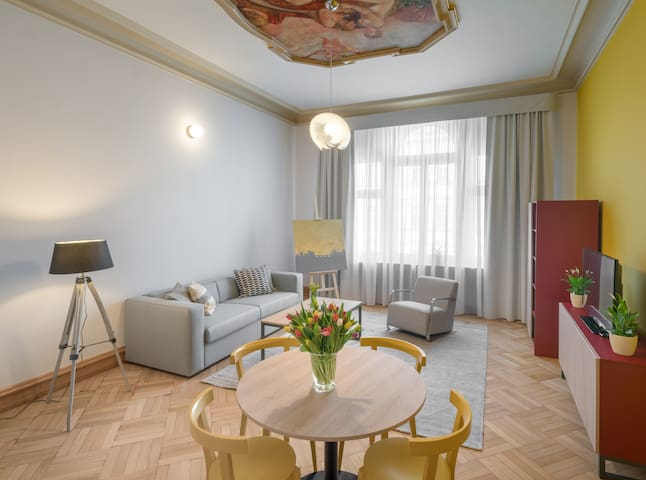 One Bedroom Apartment - The Art House
