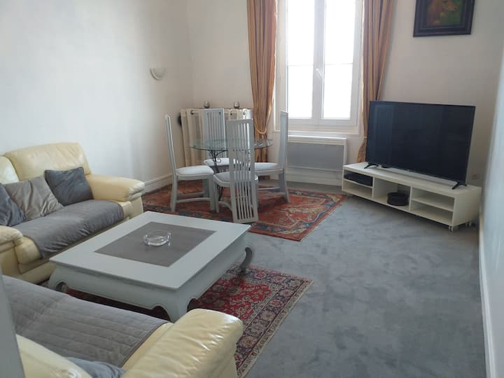 Appartement 45 m2  à  2 min du centre à  pied