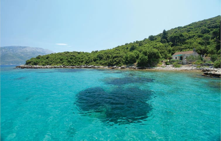 Holiday cottage with 1 bedroom on 33m² in Korcula