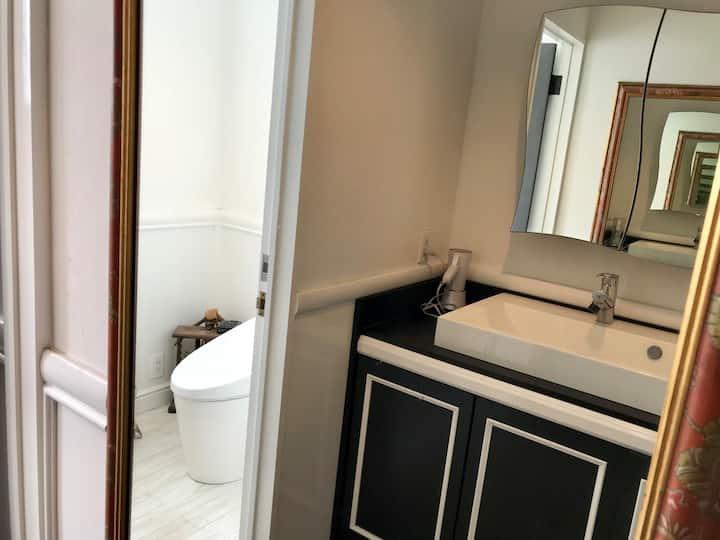 横乗り系プロショップの2階 201号室202号室203号室、宿泊施設全部屋貸切! 3部屋8人まで対応