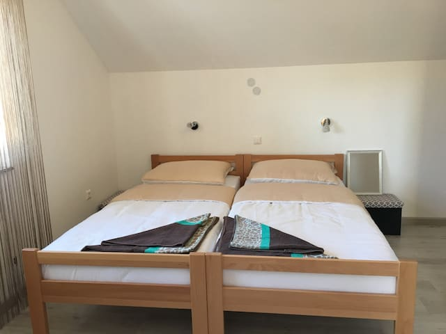 Green view room No2 - Korenica - Wohnung