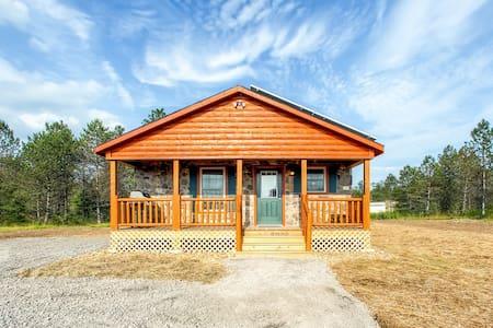 Newly Built 3BR Benezette Cabin - Benezette