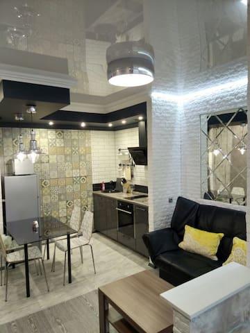 Дизайнерская студия-5мин от Кремля
