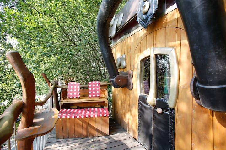 Kofferhotel - Schmilau bei Ratzeburg - Treehouse