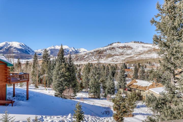 Dog-friendly, valley home w/wrap-around porch & amazing mountain views!