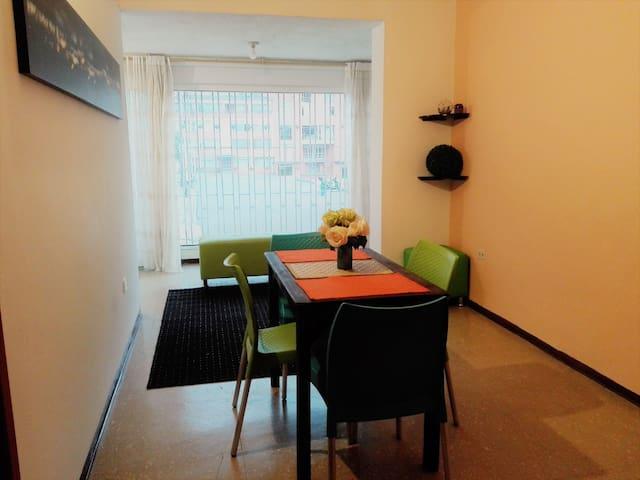Bello apartamento con la mejor ubicación en Bogotá - Bogota - Dom