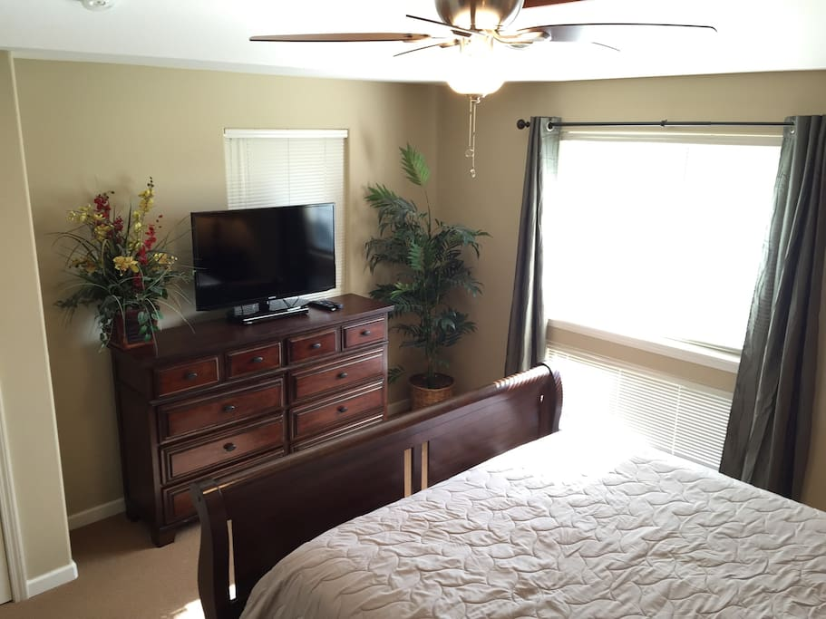 """Master Bedroom with 37"""" flat screen TV"""